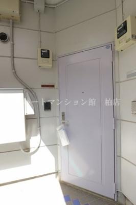 【玄関】ティンバードーム南三咲