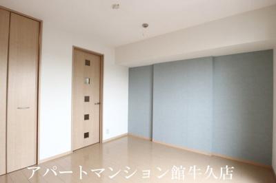 【居間・リビング】グランドセントレア888 A