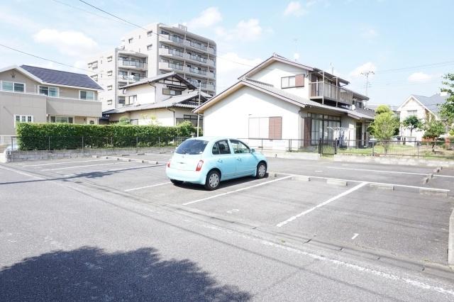 【外観】松尾まさえ駐車場