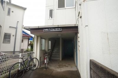 【エントランス】バディマンション新守谷