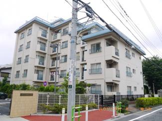 住環境豊かな三田線「志村三丁目」駅より徒歩5分。希少なメゾネット・最上階・角部屋・ルーフガーデンの広