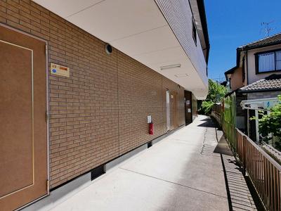 敷地内ゴミ捨て場完備です。