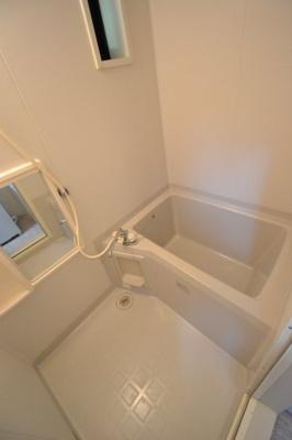 【浴室】ディアス元町A