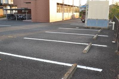【駐車場】メープルマツモト