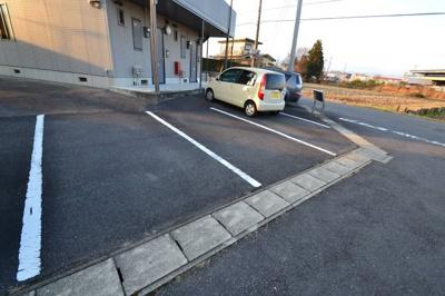 【駐車場】ヴィーブルD