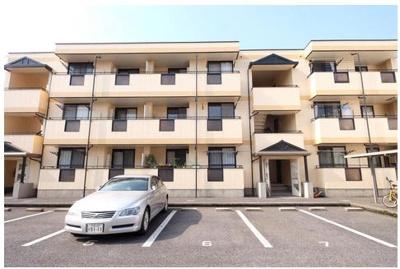1建物外観 前面駐車場なので日当たり良好、大和ハウス施工