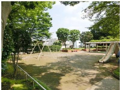 その他共有部分 敷地内に公園もありますよ。