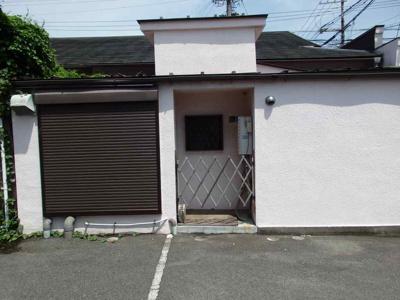 建物の裏側