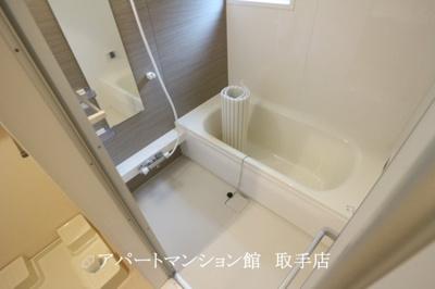 【駐車場】エクセルヴィラ