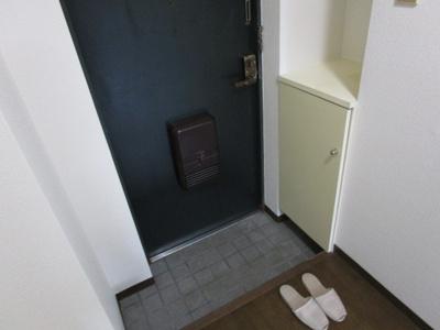 【玄関】ブルグ薮内2号館