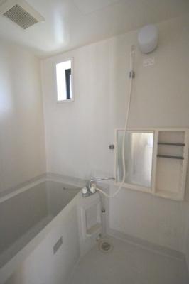 【浴室】ディアス元町E