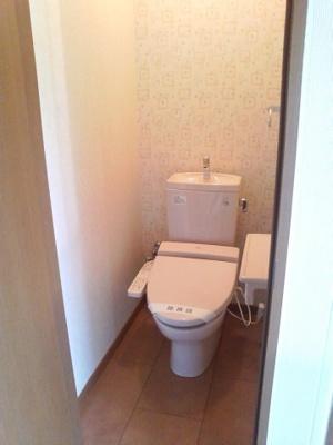 【トイレ】レフィナードさやか