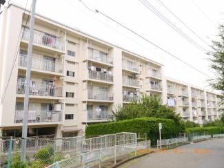 閑静な住宅街「上板橋」駅に建つ、角部屋のリフォーム済み物件です。