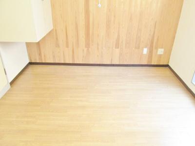 【洋室】テネメントハウスシーダ