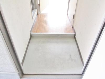 【玄関】テネメントハウスシーダ