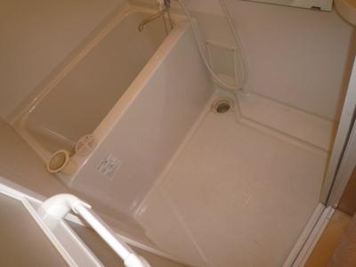 【浴室】ヴィラナリー南寺方