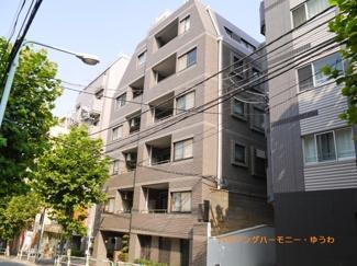 山手線「大塚」駅から徒歩8分の角部屋2DK。リノベーション中です。