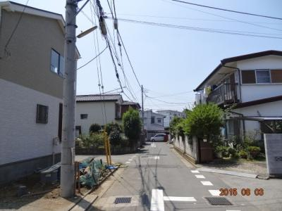 【前面道路含む現地写真】上尾市大字上 新築分譲住宅全2棟