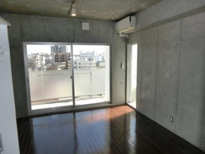 【洋室】ロイスグラン神戸湊川公園