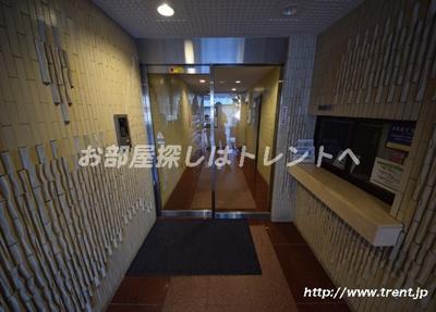 【エントランス】コスモシティ文京