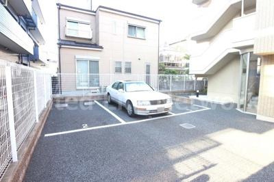 ラ ドルチェ 駐車場