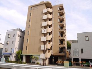 「北赤羽」駅より徒歩10分。都営三田線も利用可能なリノベーション物件です。