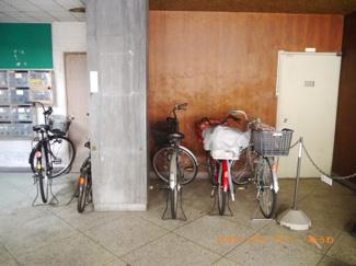 建物内に、駐輪可能です。