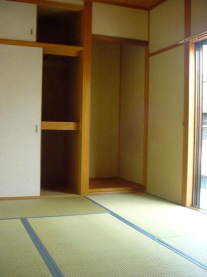 【和室】古町二戸一テラスハウス
