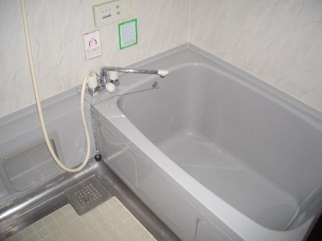 【浴室】古町二戸一テラスハウス
