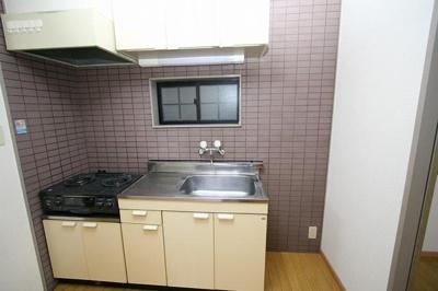 アルティメイト高砂(2K) キッチン