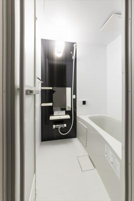 ラウレアハイツ2の浴室