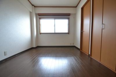 【寝室】六甲グリーンハイツ