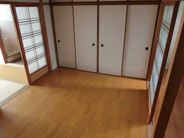 ハイツヤガミ 洋室 6畳