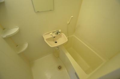 【浴室】メゾンドール西角