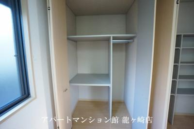 【玄関】プレジオA