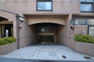 【駐車場】ロイヤルスパークル六甲2