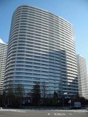 M.M.TOWERS FORESIS L棟