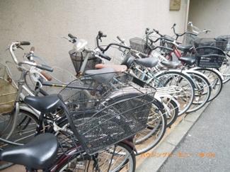 新基地内に、便利な駐輪場があります。