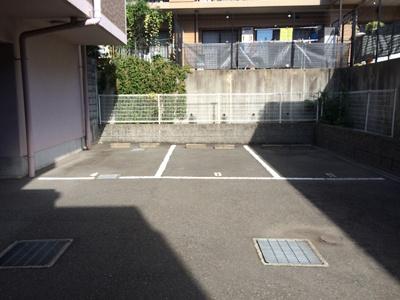 【駐車場】メゾン・ド・ヴィレ須磨