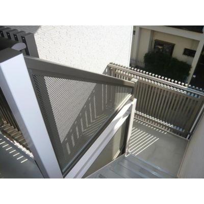 ハイツCNの共用階段