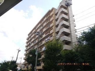 閑静な住宅街「志村三丁目」駅に建つ、水回りも一新したリフォームマンションです。