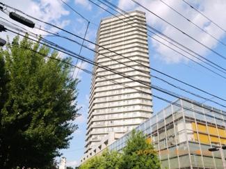 SRC・RC造の高級感ある建物です。