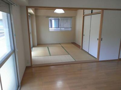 大濠クレセントマンション(2LDK) 和室