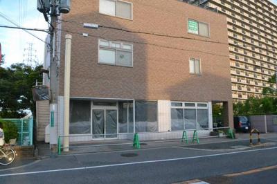 【外観】カズトビル店舗