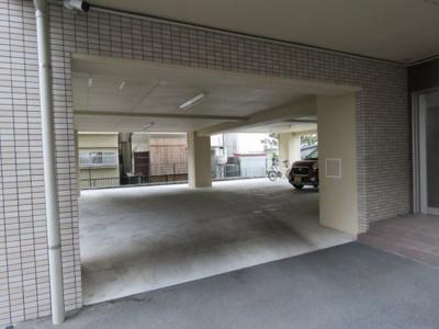 【駐車場】パードレ三番館