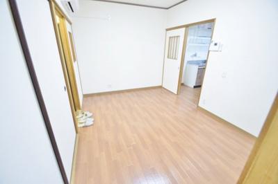 石阪第2店舗奥