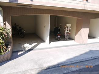 建物内に、駐輪場・バイク置場があります。
