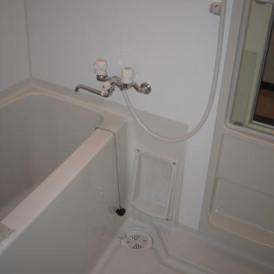 ヒルズアソシエイトの浴室