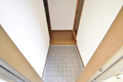 【玄関】タツミマンション
