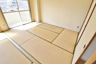 【寝室】泰山ハイツ